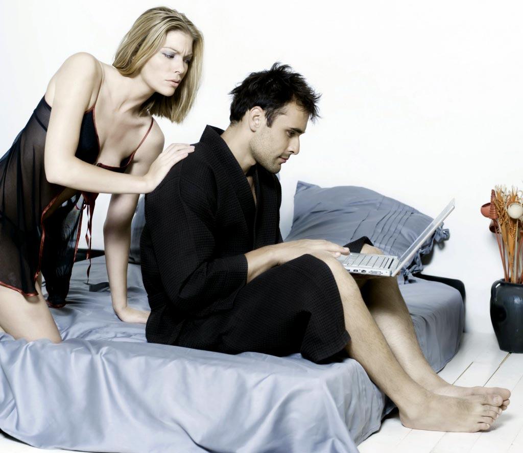 Jūs tikrinate elektroninį paštą prieš miegą