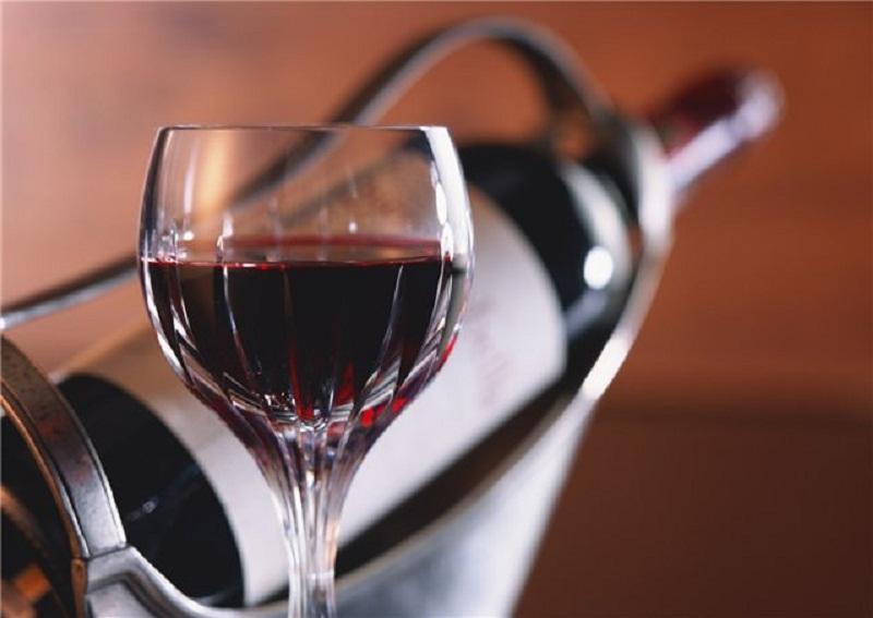 8 mitai apie pagirias ir alkocholį