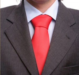 Kaip užrišti kaklaraištį - dvigubas mazgas