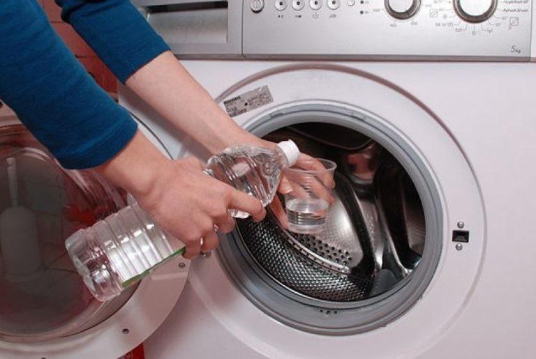 Kaip išvalyti pelėsį skalbimo mašinoje?