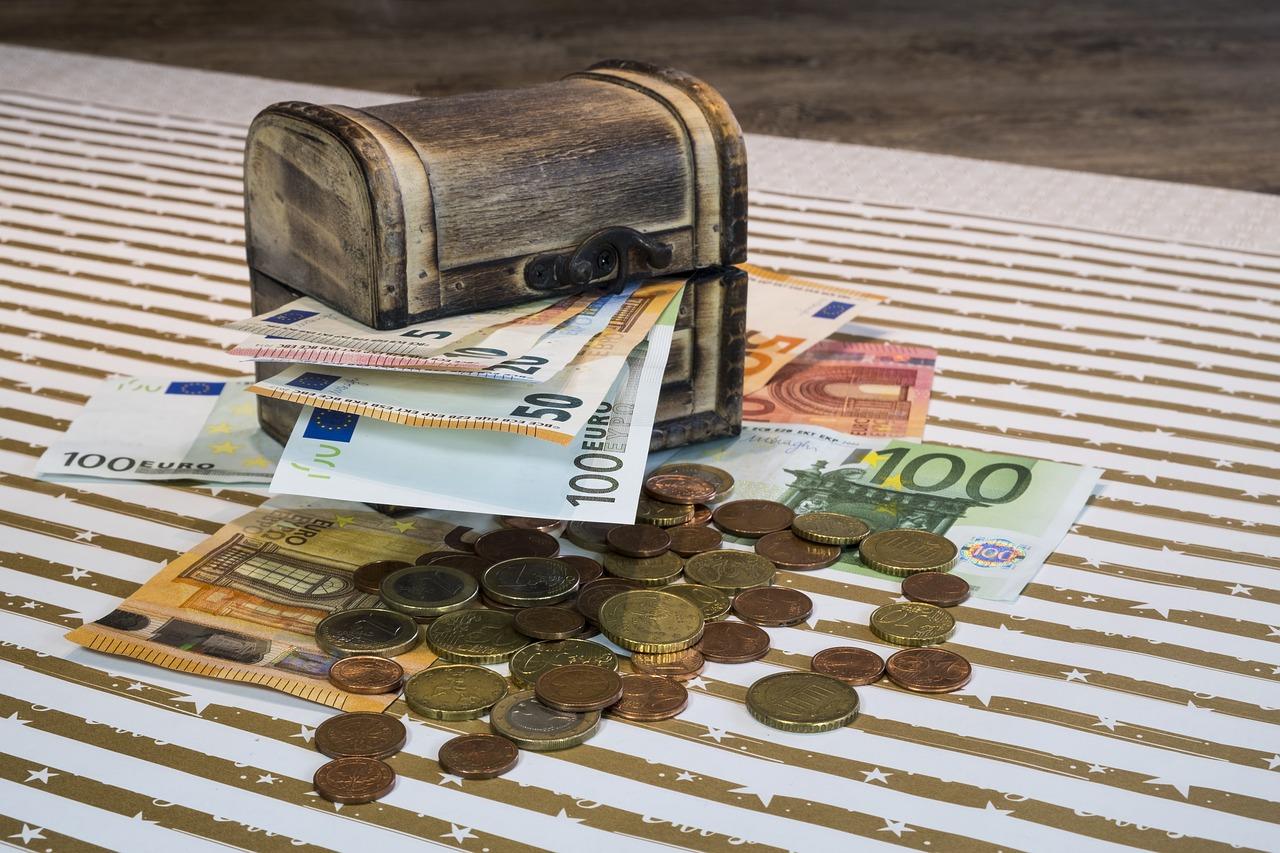 Kaip sutaupyti pinigų nepakenkiant savo piniginei?