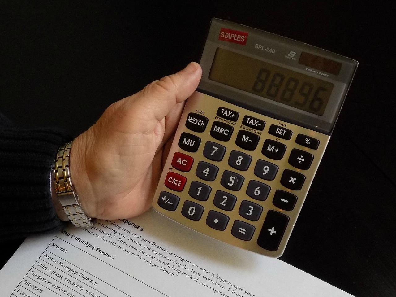 Kaip taupyti pinigus nuo paslaugų