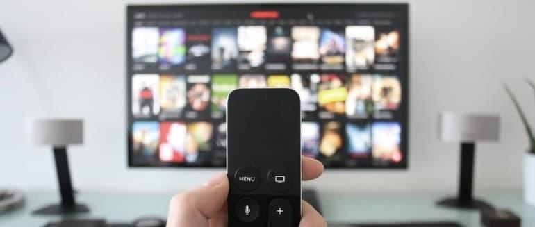 Kaip prijungti kompiuterį prie televizoriaus
