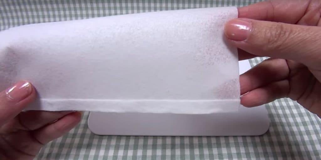 Kaukė iš popierinių rankšluosčių - 2 žingsnis