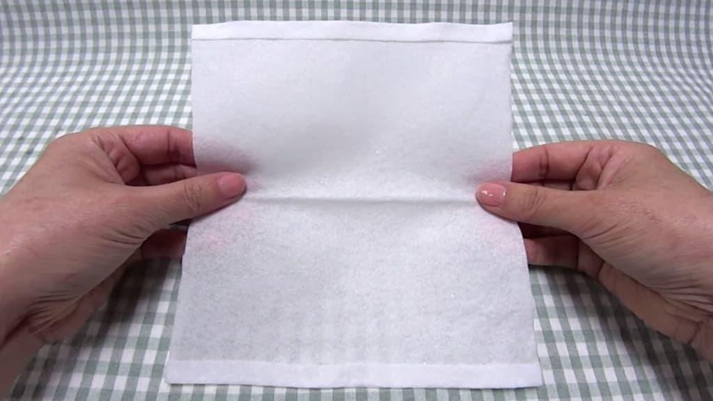 Kaukė iš popierinių rankšluosčių - 3 žingsnis