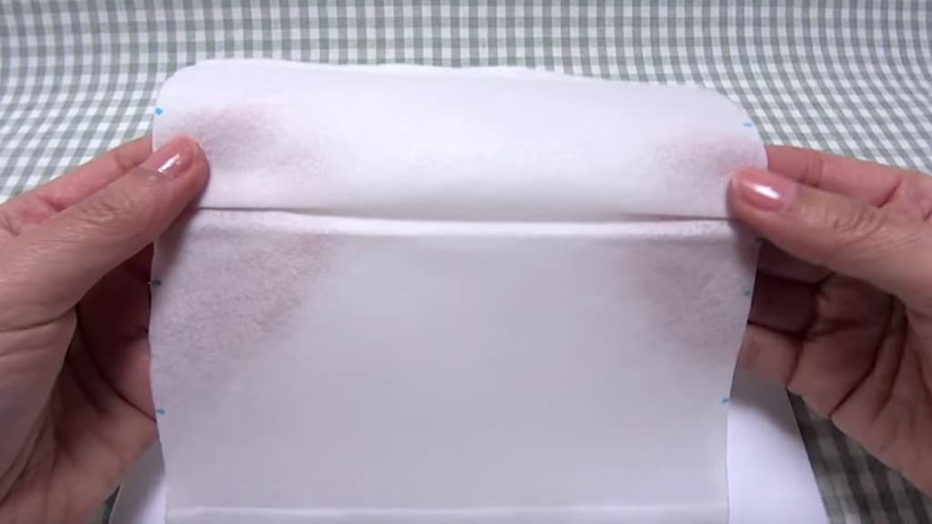 Kaukė iš popierinių rankšluosčių - 6 žingsnis